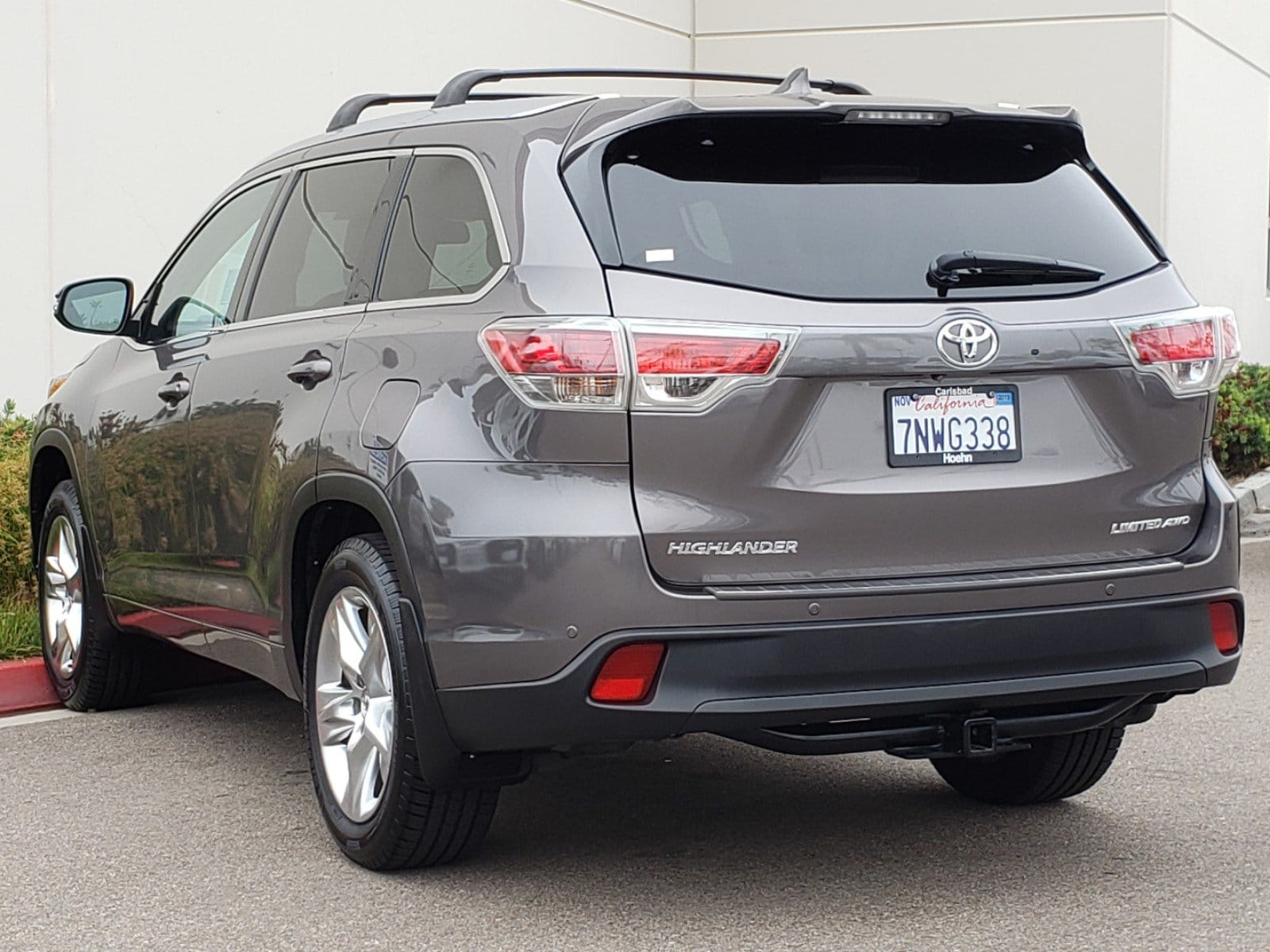 Pre-Owned 2015 Toyota Highlander Limited