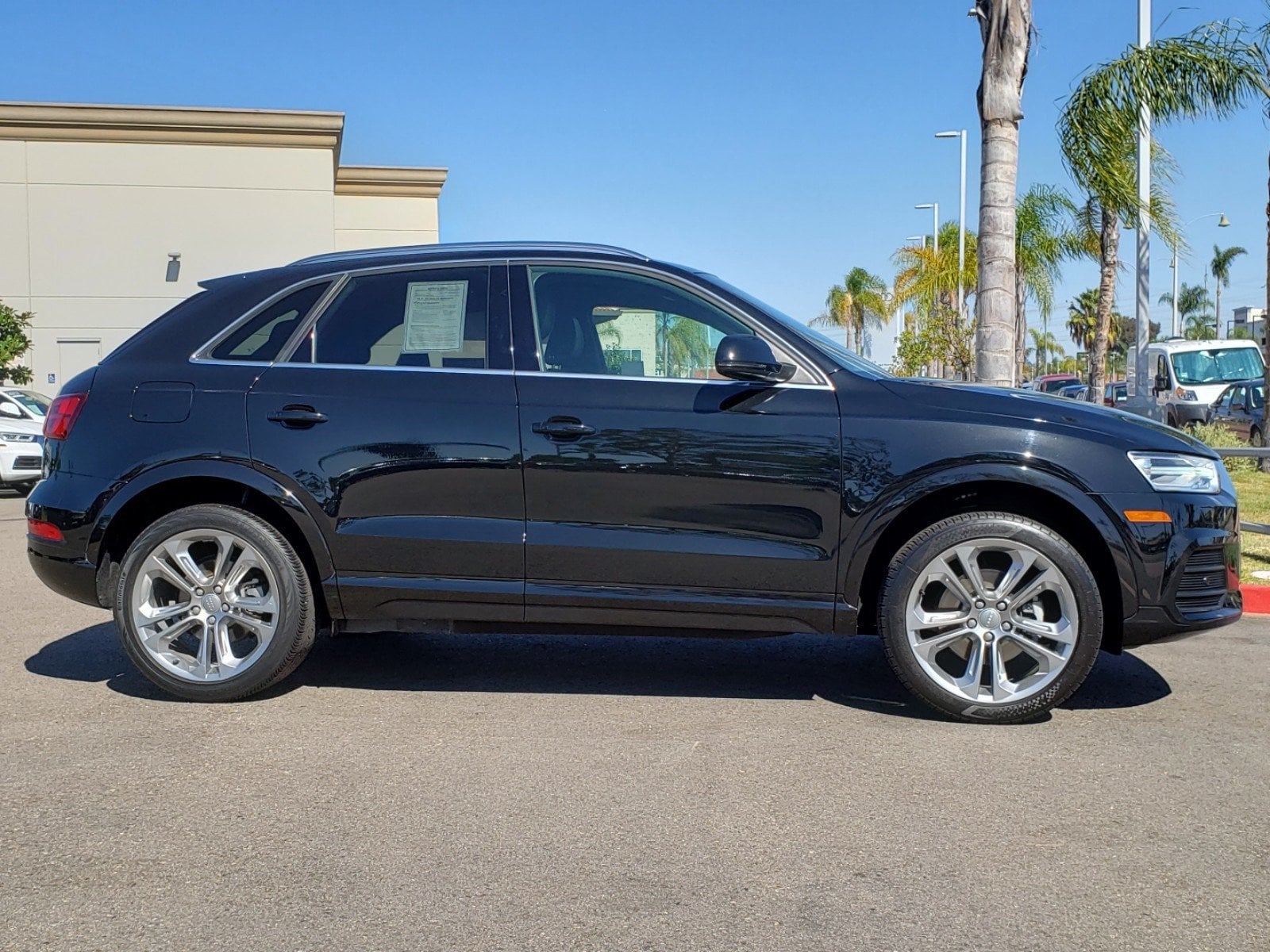 Pre-Owned 2016 Audi Q3 2.0T FWD TIP 2.0T Premium Plus (Tiptronic)