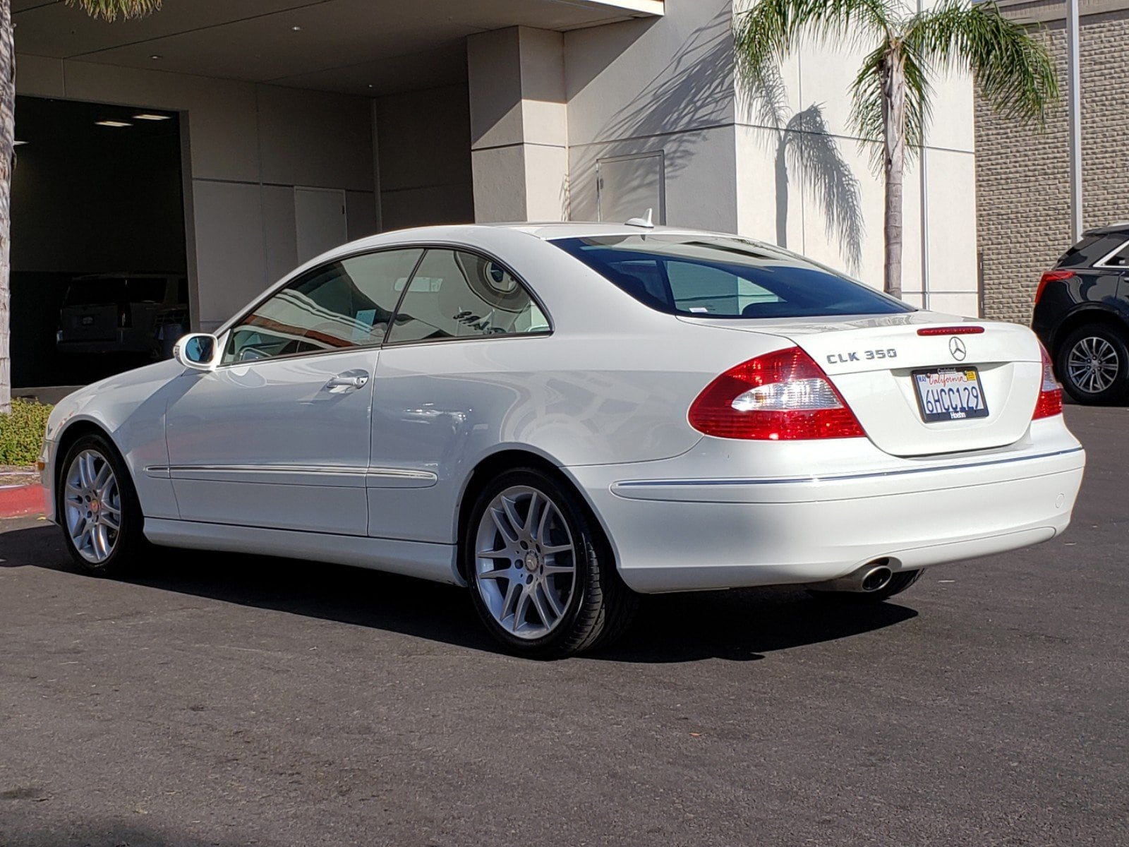 Pre-Owned 2009 Mercedes-Benz CLK Base
