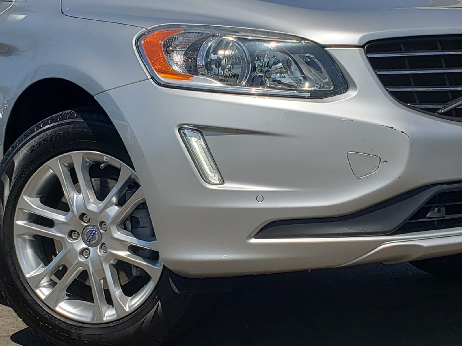Pre-Owned 2014 Volvo XC60 3.2